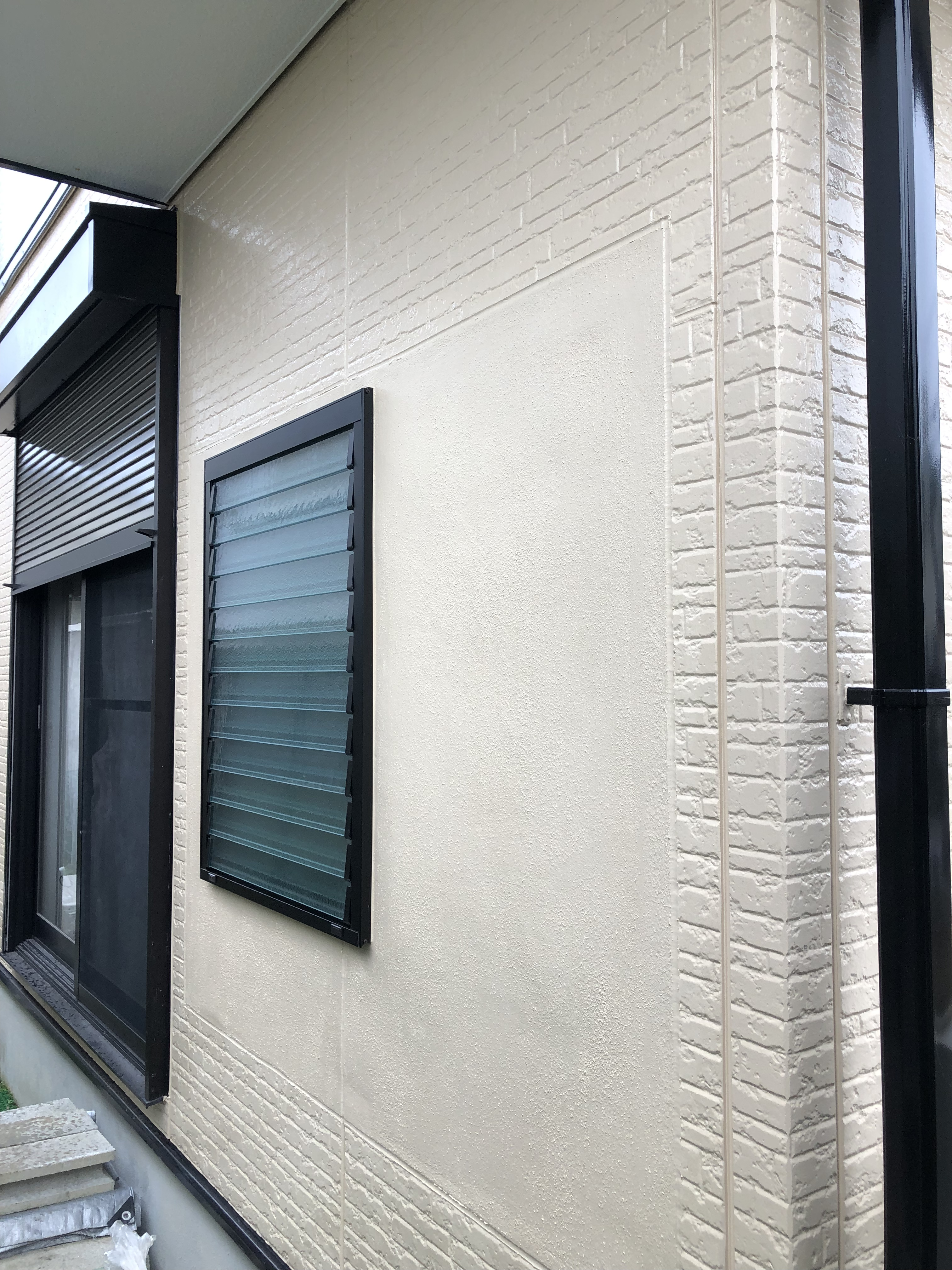 外壁 補修工事  色合わせ